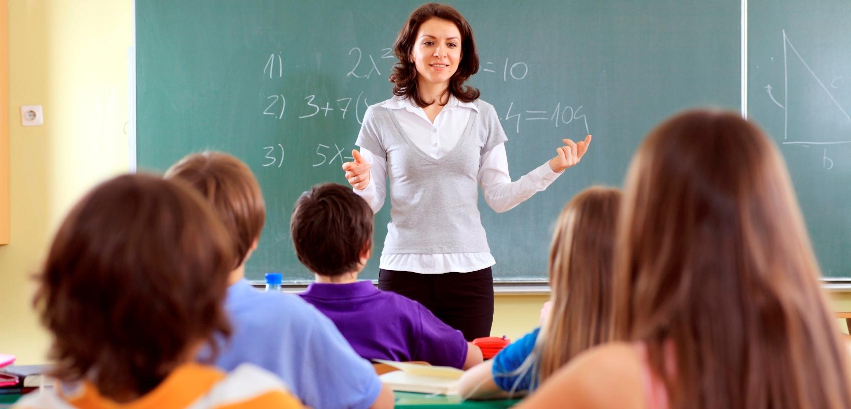 senior high school english teachers' roles Senior high school english teaching plays an essential role in english learning english is playing an important role in modern education it has.